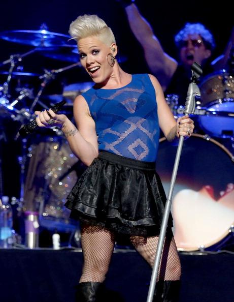 """Top 10 sao âm nhạc có thu nhập """"khủng"""" nhất thế giới năm 2013 15"""