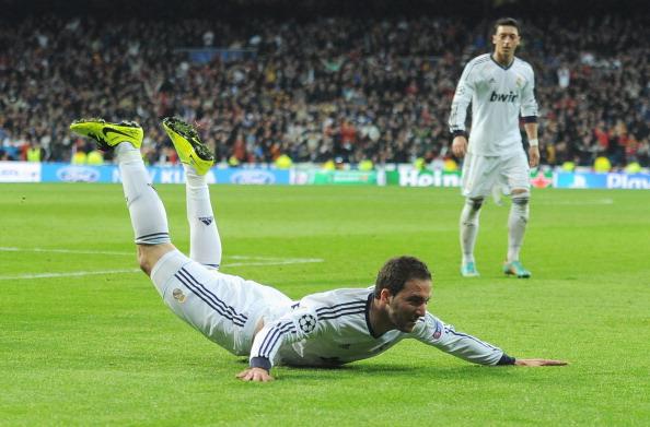 Nhìn lại trận thắng vùi dập của Kền kền trắng Real Madrid 21
