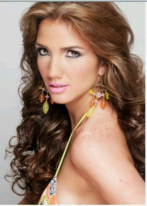 Hoa hậu Du lịch 2013 Venezuela bị bắn chết trên đường phố 5