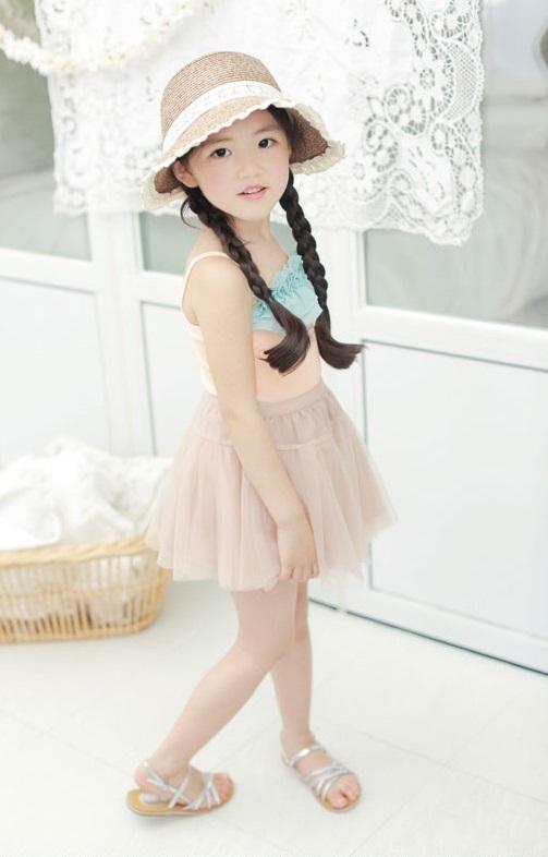 """Cô bé có vẻ đẹp thiên thần gây """"sốt"""" mạng xã hội Hàn Quốc 11"""