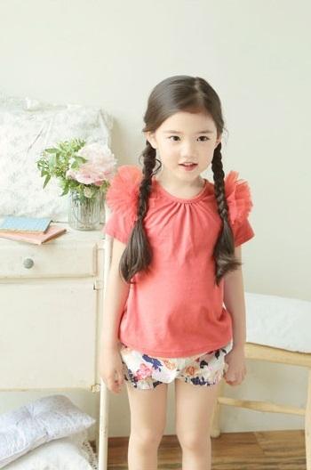 """Cô bé có vẻ đẹp thiên thần gây """"sốt"""" mạng xã hội Hàn Quốc 13"""