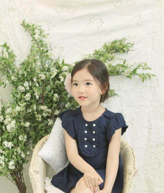 """Cô bé có vẻ đẹp thiên thần gây """"sốt"""" mạng xã hội Hàn Quốc 15"""