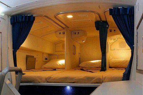 Cận cảnh phòng ngủ trên máy bay của các nữ tiếp viên hàng không 2