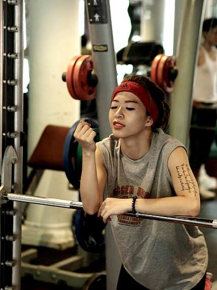 Hana Giang Anh - Cô nàng HLV thể dục 20 tuổi cực hot trên Youtube 6