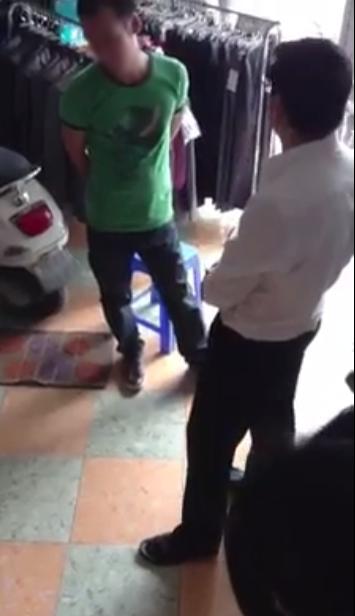 """Cô gái Hà Nội tung clip bạn trai """"đại gia"""" cho người đến tận nhà đòi lại quà 2"""
