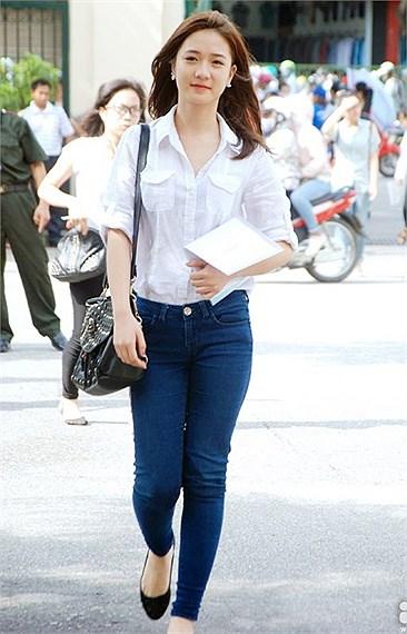 Ngắm hot girl Việt mặc đồng phục giản dị nhưng vẫn cực xinh 13