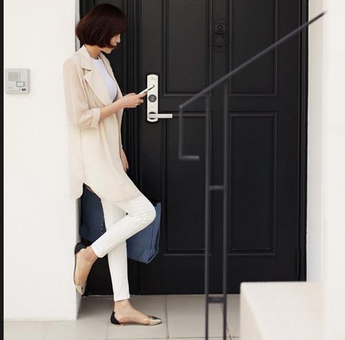 101 kiểu phối đồ cùng giày đế bệt phong cách như Jessica - SNSD 31