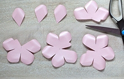 Ý tưởng làm tranh hoa hồng giấy đi tỏ tình lãng mạn 3