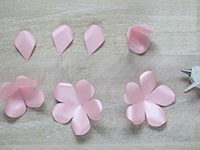 Ý tưởng làm tranh hoa hồng giấy đi tỏ tình lãng mạn 4