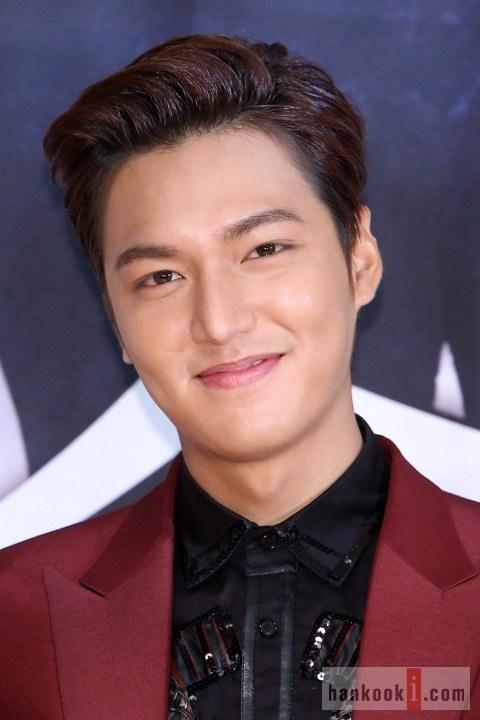 """Lee Min Ho """"nổi chói lọi"""" giữa dàn sao """"The Heirs"""" 2"""