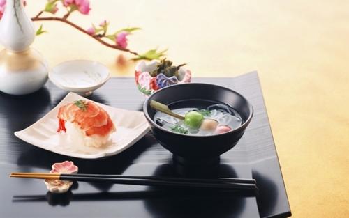 Khám phá những quy tắc trên bàn ăn của các nước Châu Á 4