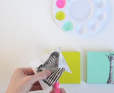 Ý tưởng làm bộ sưu tập tranh treo tường giản đơn bất ngờ 3