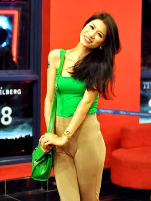 """BST những chiếc quần """"tai nạn"""" của sao Việt 6"""