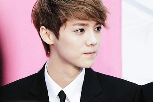 Fan EXO-M cắt tay tự sát vì thần tượng 3