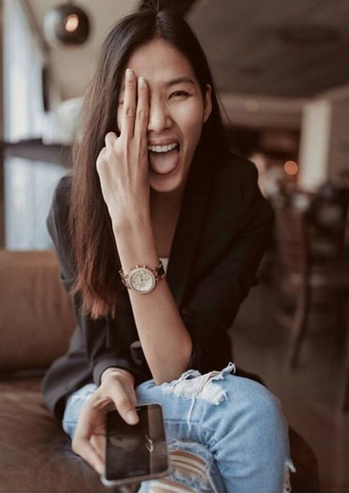 """Soi đồng hồ """"bình dân"""" cực hợp mốt của sao & hot girl Việt 12"""