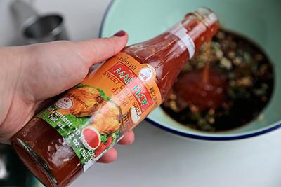 Tôm nướng kiểu Thái mang hương vị đặc trưng hấp dẫn 2