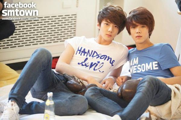 Ngất ngây loạt ảnh chibi của các cặp đôi thần tượng Nam xứ Hàn 26