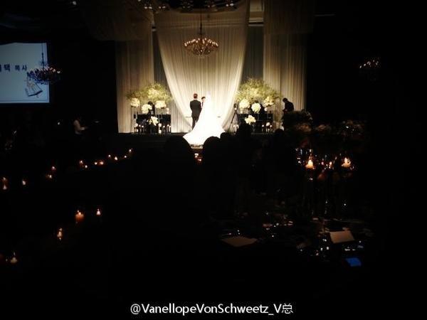 Idol Hàn xúng xính dự đám cưới như mơ của Sunye (WGs) 23