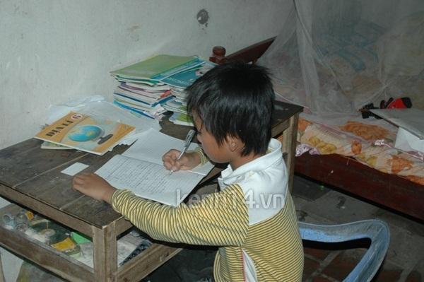 Cậu bé nghèo học giỏi nuôi ước mơ chữa bệnh thận cho mẹ 6