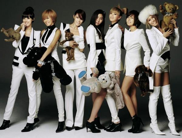 Girlgroup Kpop đã phản ứng ra sao trước chiến thắng đầu tiên? 7