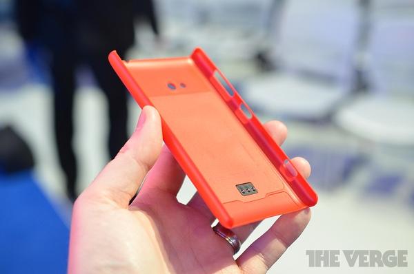 """Lumia 520 và 720: Giá quá rẻ mà lại """"chất"""" 17"""