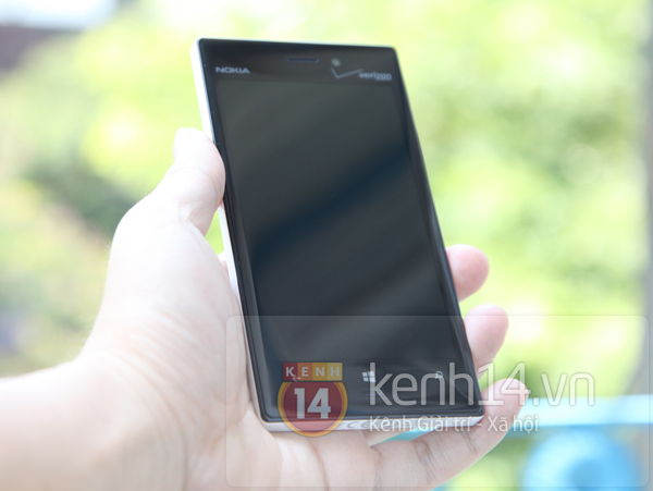 Cận cảnh Nokia Lumia 928 tại Việt Nam 5