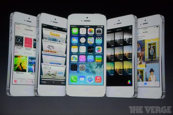 """Toàn cảnh buổi ra mắt """"sản phẩm hot nhất năm"""" iPhone 5s và iPhone 5c 24"""