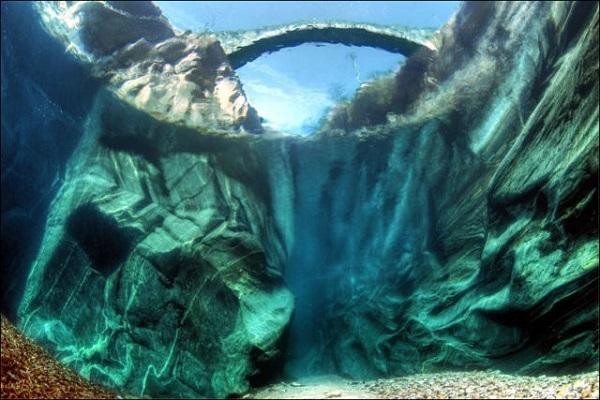 """Cảnh tượng tuyệt đẹp dưới những dòng sông """"trinh nữ"""" 5"""