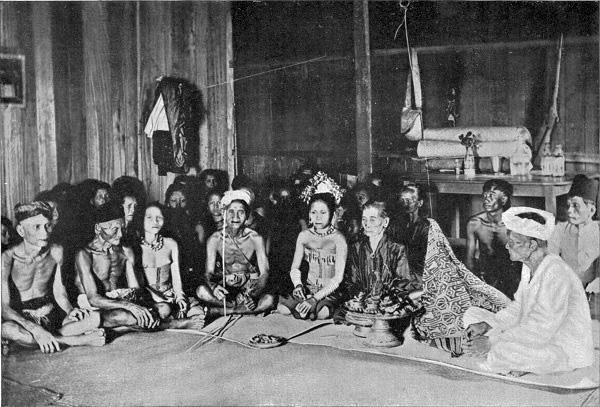 Thăm bộ tộc xăm mình đi săn đầu người thời xưa 4