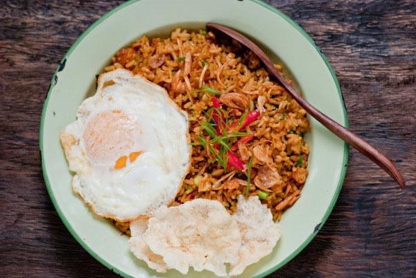 Công thức cơm rang đặc biệt của Indonesia 9