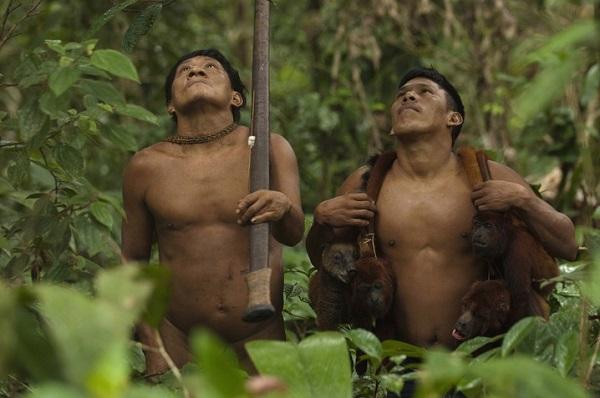 """Hình ảnh chân thực về bộ tộc """"mặc bikini"""" giống Adam và Eva 12"""