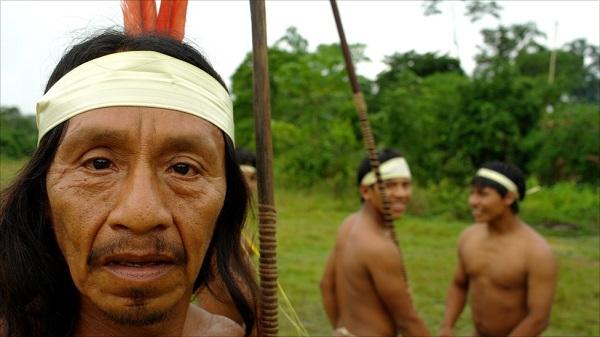"""Hình ảnh chân thực về bộ tộc """"mặc bikini"""" giống Adam và Eva 7"""