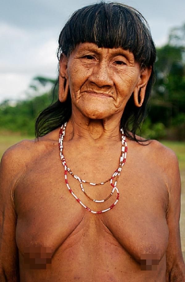 """Hình ảnh chân thực về bộ tộc """"mặc bikini"""" giống Adam và Eva 5"""