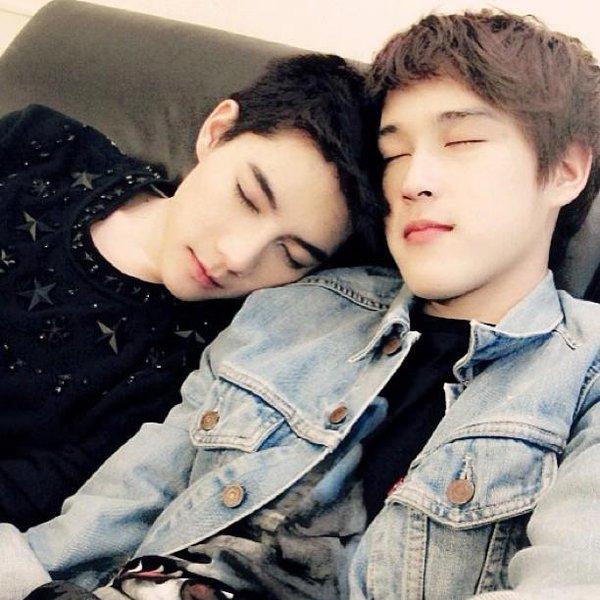"""3 cặp đôi đồng tính mỹ nam tại Châu Á """"đốn tim"""" cư dân mạng 7"""
