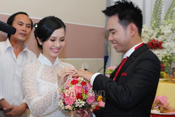 Những đám cưới hoành tráng của các hot girl Việt 103