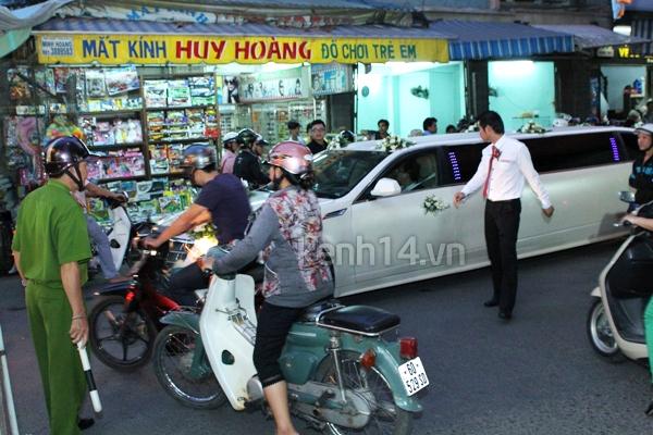 Những đám cưới hoành tráng của các hot girl Việt 105