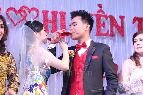 Những đám cưới hoành tráng của các hot girl Việt 116