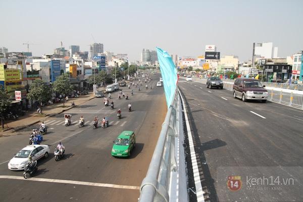 Toàn cảnh lễ thông xe cầu vượt thép đầu tiên tại TPHCM 26
