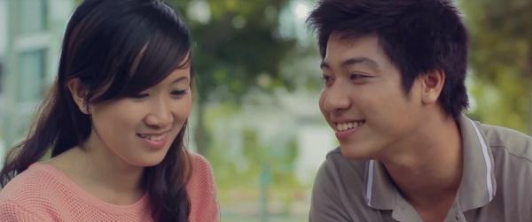 Câu chuyện tình yêu cảm động của chàng trai và cô gái câm 2