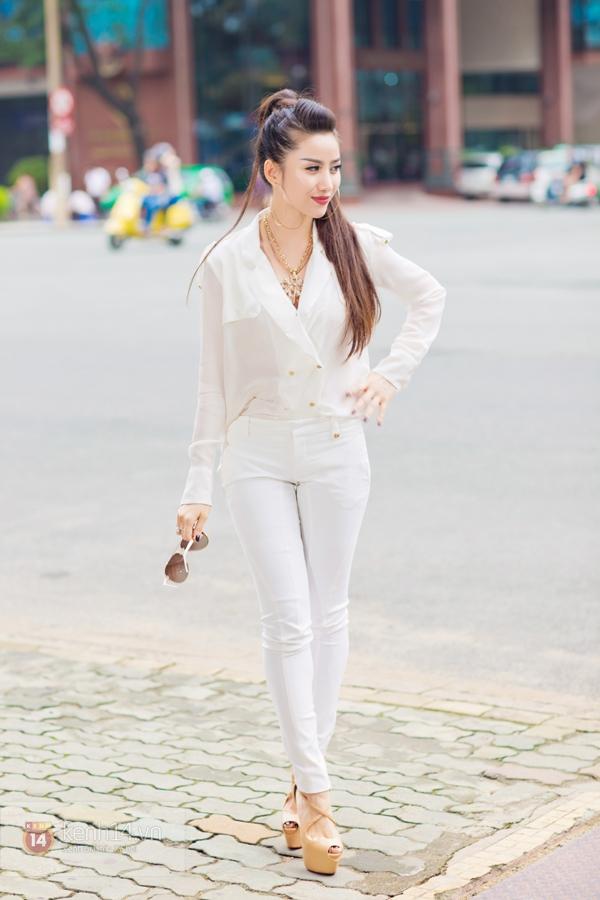"""""""Hot girl số 1 Sài Thành"""" khoe vẻ đẹp mặn mà của gái một con 5"""