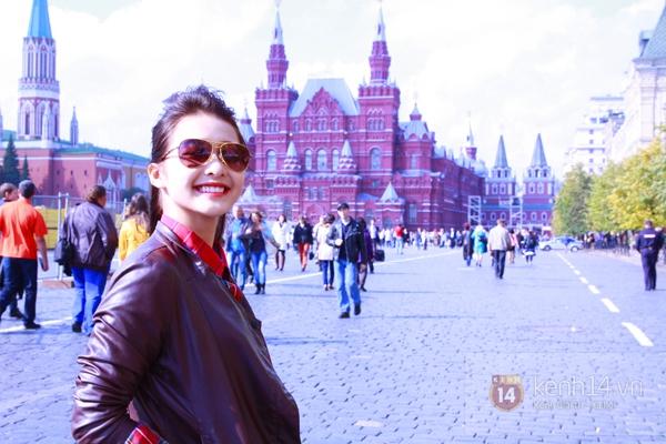 """Chùm ảnh: Dàn hot girl """"đọ"""" sắc với Thủy Tiên trên nước Nga 12"""