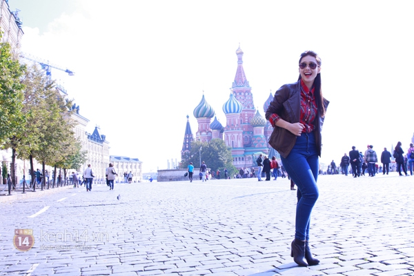 """Chùm ảnh: Dàn hot girl """"đọ"""" sắc với Thủy Tiên trên nước Nga 11"""