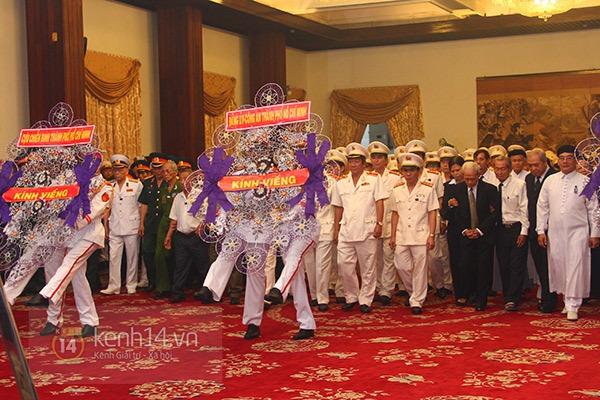 TP.HCM: Không khí trang nghiêm và đầy cảm động trong lễ viếng Đại tướng 35