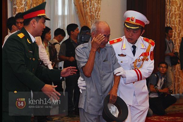 TP.HCM: Không khí trang nghiêm và đầy cảm động trong lễ viếng Đại tướng 39
