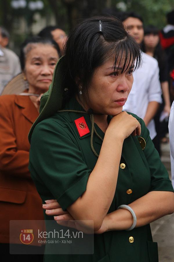 TP.HCM: Không khí trang nghiêm và đầy cảm động trong lễ viếng Đại tướng 7
