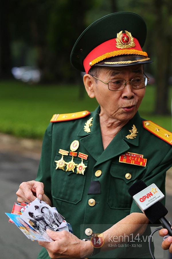 TP.HCM: Không khí trang nghiêm và đầy cảm động trong lễ viếng Đại tướng 17