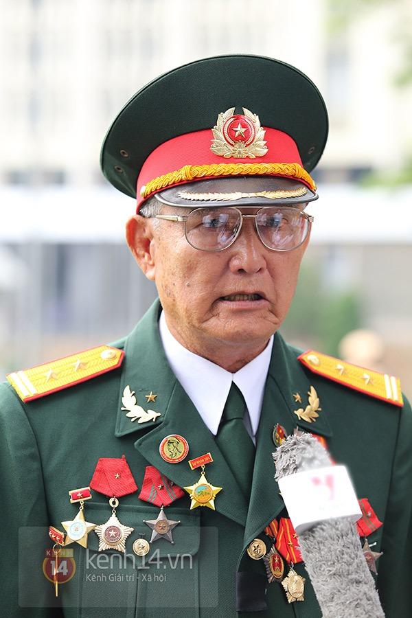 TP.HCM: Không khí trang nghiêm và đầy cảm động trong lễ viếng Đại tướng 18
