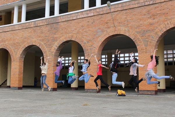 Cận cảnh ngôi trường thu hút khách du lịch nhất ở Đà Lạt 4
