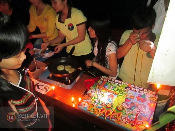 Buổi giao lưu văn hóa giữa trời mưa bão của sinh viên Đà Nẵng 7