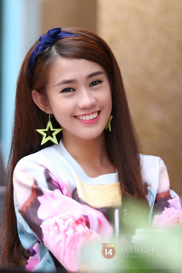 """Hot girl Ngọc Thảo đột ngột rút khỏi nhóm """"Phở"""" vì bất đồng với ekip 12"""